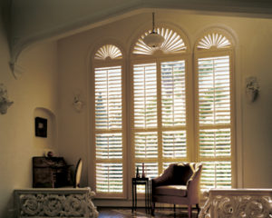 Hunter Douglas NewStyle shutter